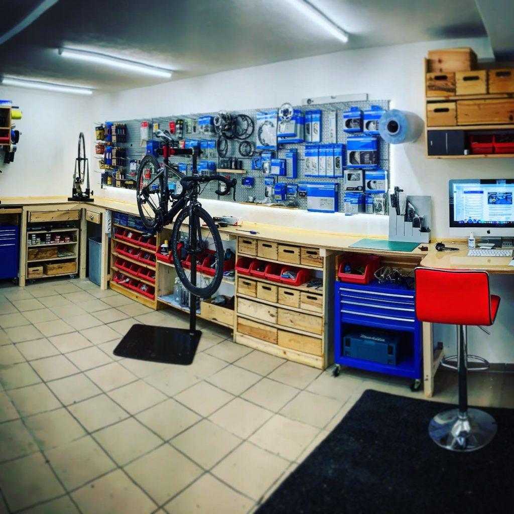 #free_wheels_shop #free-wheels #pillnach #werkstatt #bikeshop